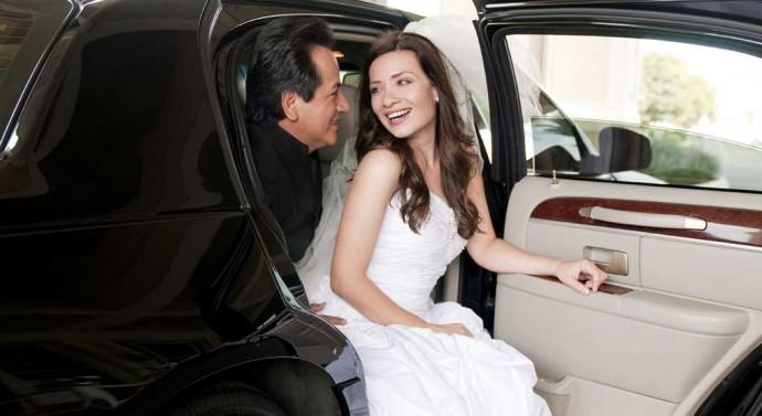 wedding-transportation-tips-690x377